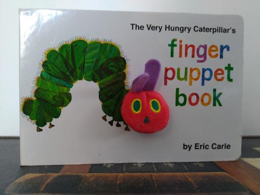 L'histoire d'Eric Carle et son célèbre album The Very Hungry Caterpillar